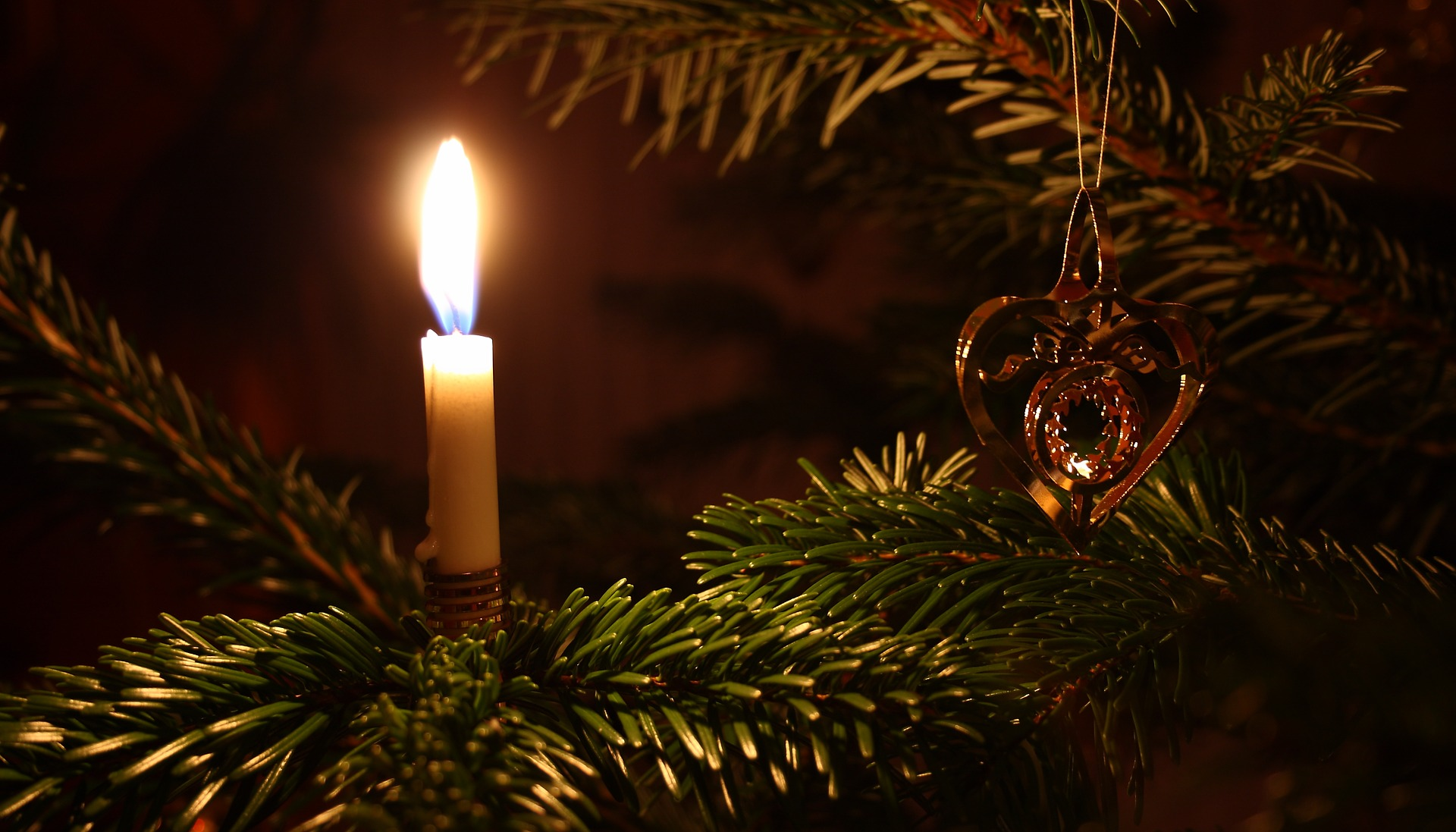 levende lys på julegran