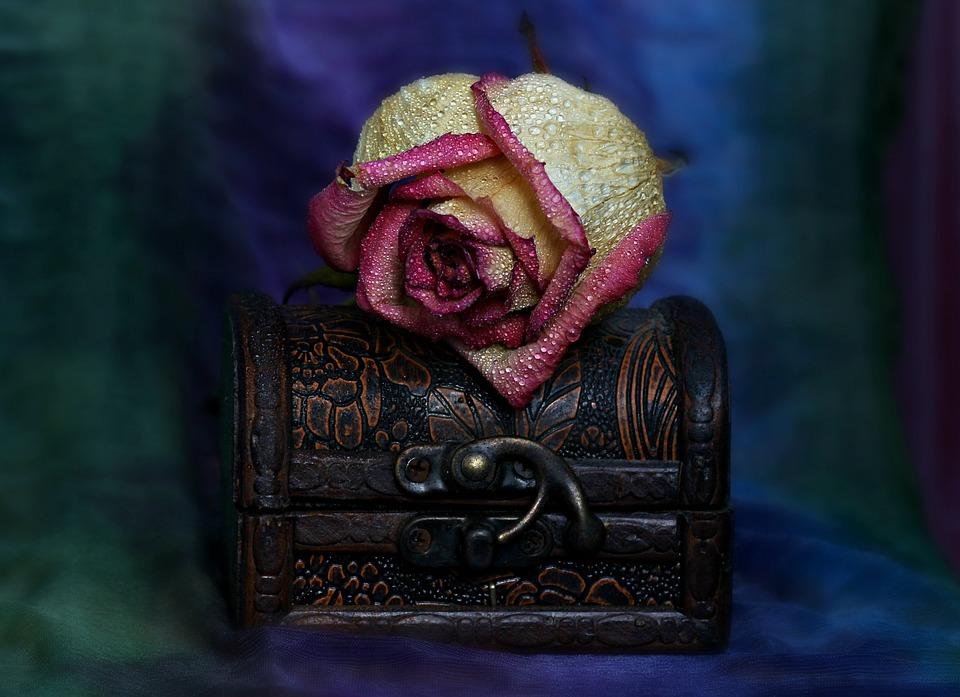 eske med rose